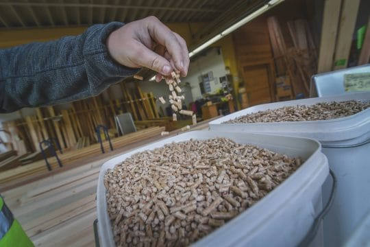 Pellets zum Heizen im Fichtelgebirge kaufen - bei GELO in Weißenstadt
